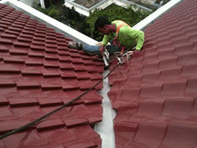 Roof-Leakage-Repair-12