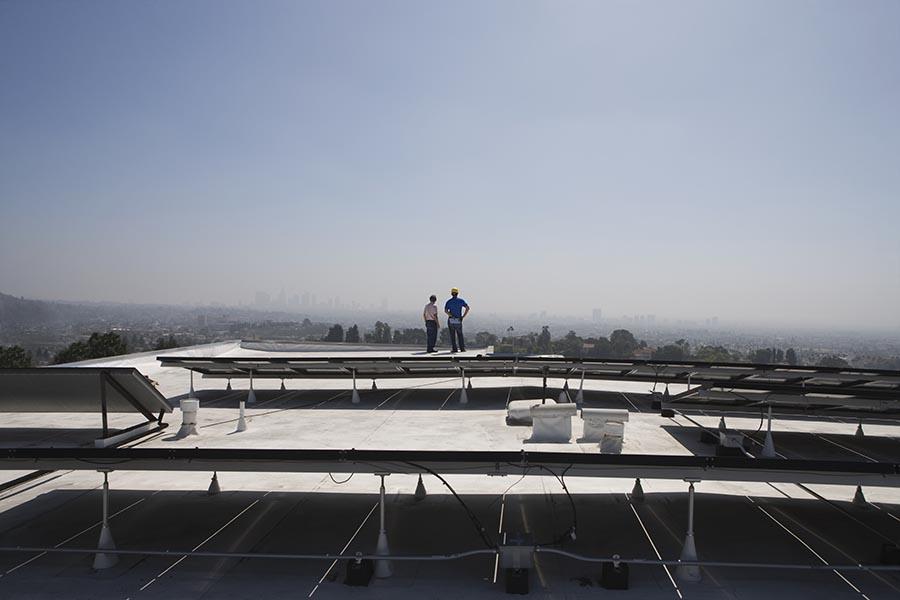 Flat roof water leakage maintenance